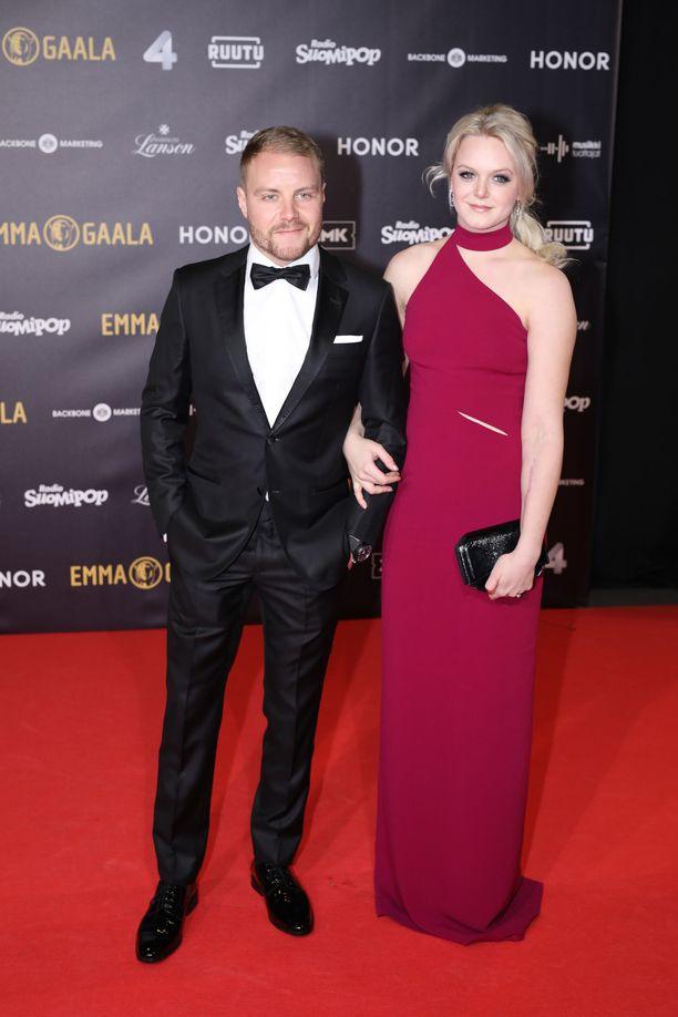 Valtteri ja Emilia Bottas avioituivat kolme vuotta sitten.