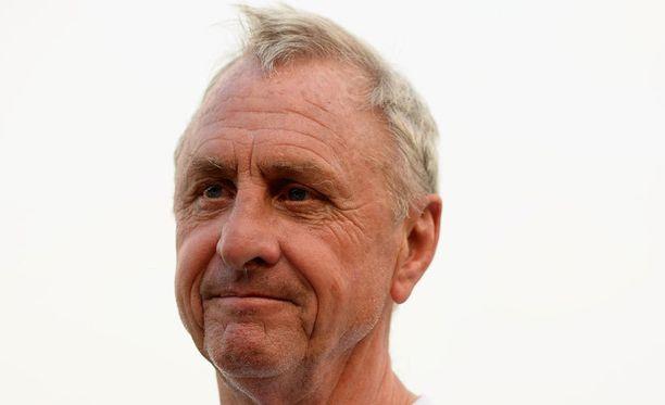 Johan Cruyff nousi FC Barcelonassa ja Hollannin maajoukkueessa kuolemattomien pelaajien joukkoon.