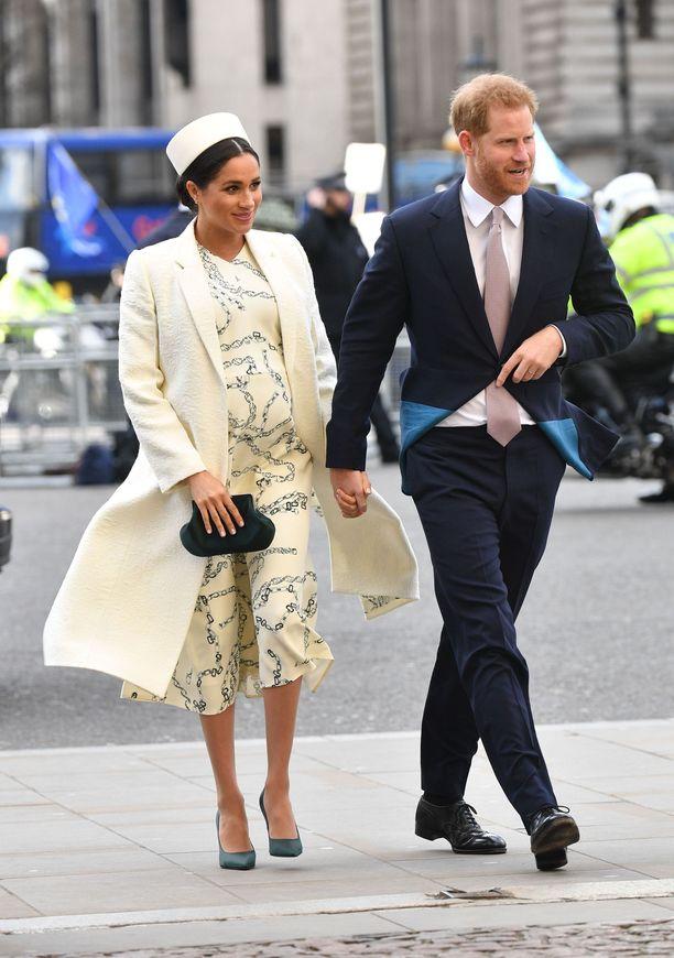 Herttuatar Meghan Victoria Beckhamin asussa.