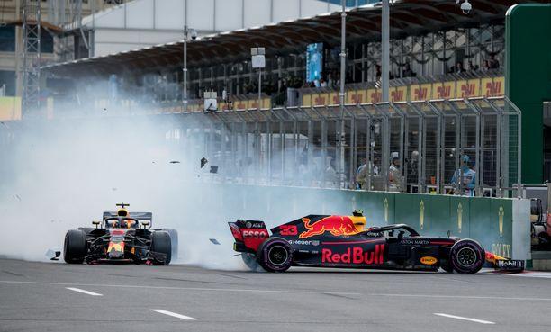 Daniel Ricciardo ja Max Verstappen törmäilivät toisensa ulos viime vuoden Azerbaidzhanin GP:stä.