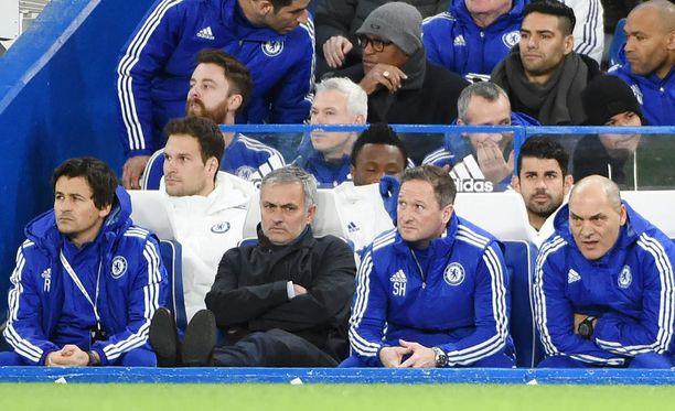 José Mourinholla on paljon selitettävää.