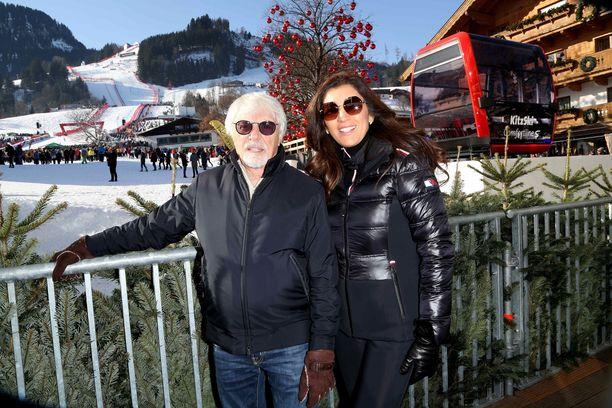 Bernie Ecclestone, 89 ja Fabiana Flosi, 44, saavat esikoislapsen.