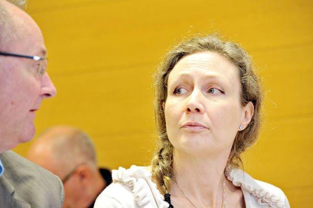 Anneli Auerin vapauttava tuomio jää voimaan korkeimman oikeuden päätöksellä voimaan.