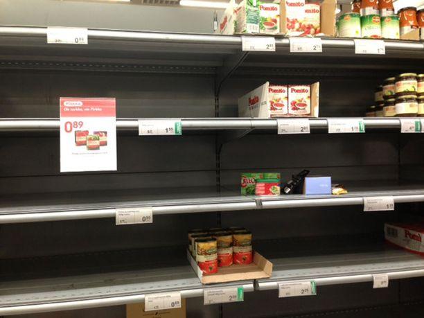 Tomaattimurskat, Mutit ja muut, olivat loppussa maanantaina Kampin K-kaupasta.