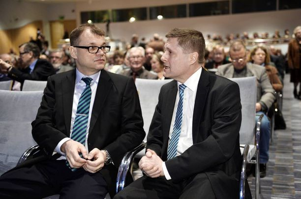 Keskustajohtaja Juha Sipilä oli Teemu Lehtisen vieraana Veronmaksajien tilaisuudessa viime vuonna.