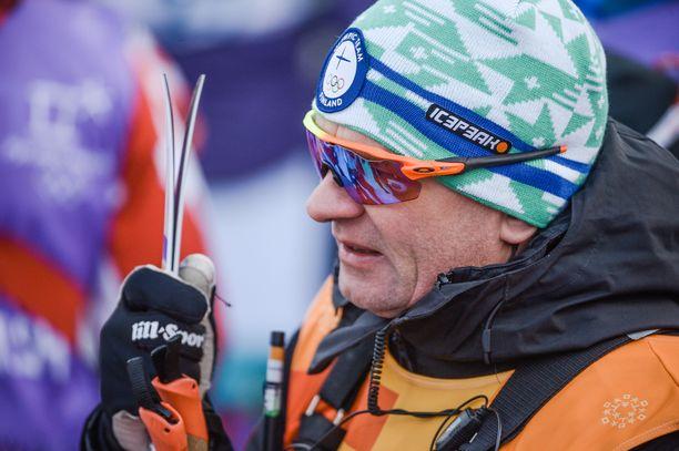 Matti Haaviston ura Suomen hiihtomaajoukkueen päävalmentajana alkoi kehnosti.