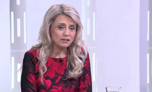 Kansanedustaja Päivi Räsänen vieraili ILTV:n Sensuroimaton Päivärinta -ohjelmassa 2017.
