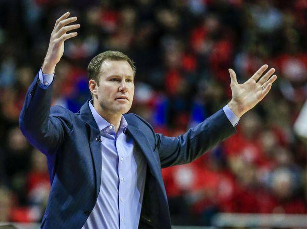 Päävalmentaja Fred Hoiberg luotsaa Chicago Bullsin nuorta joukkuetta.