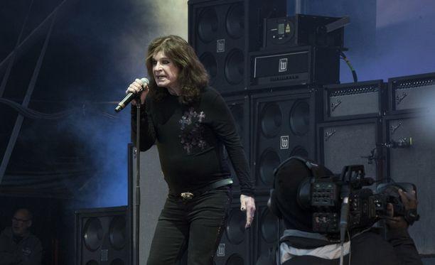 Ozzy Osbourne Hyvinkään Rockfestissä No More Tours 2 -kiertueen Suomen jäähyväiskeikallaan 6. kesäkuuta.