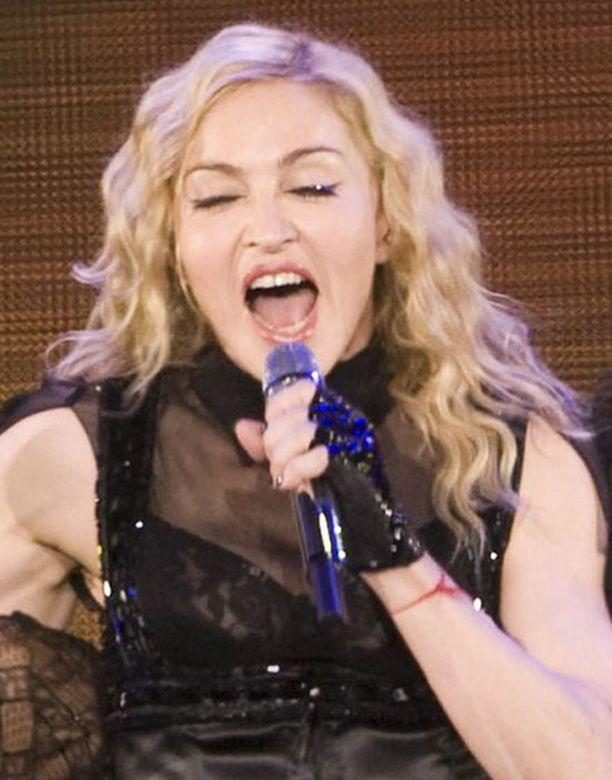 Madonna teki yleisöstään onnittelukuoron.