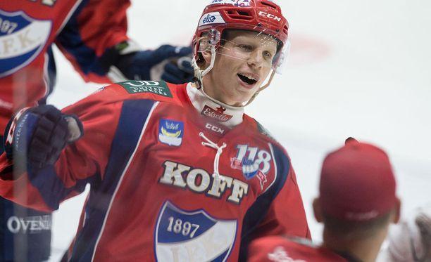 Micke Åsten on jatkossakin IFK:n miehiä.