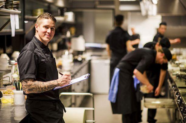 Neljää ravintolaa pyörittävä Tomi Björck katsoo jo tulevaisuuteen. Uusi ruokakeidas aukeaa Helsinkiin joko tämän tai ensi vuoden aikana. –Yksityiskohdat ovat vielä liikesalaisuus, hän myhäilee.