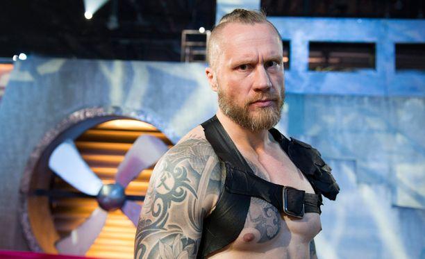 Hannes Hyvönen on rakastunut gladiaattori.
