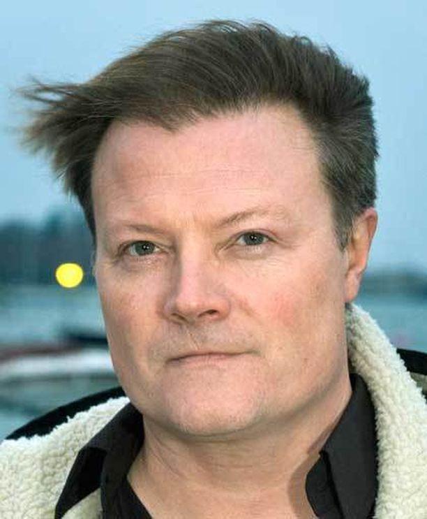 Kaappaajaa uutuuselokuvassa näyttelevä Kari Hietalahti muistaa hämärästi että kaappaus oli suuri mediatapahtuma Suomessa.