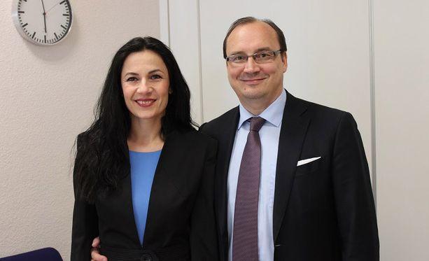 Jari Vilén ja Eva-vaimo ovat onnelliset poikalapsen vanhemmat.
