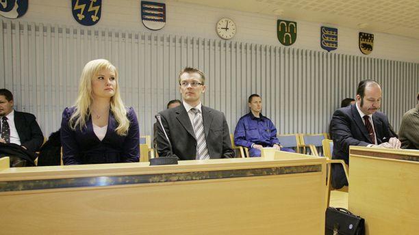 Jutun käsittely alkoi Oulun käräjäoikeudessa torstaiaamuna kello 9.