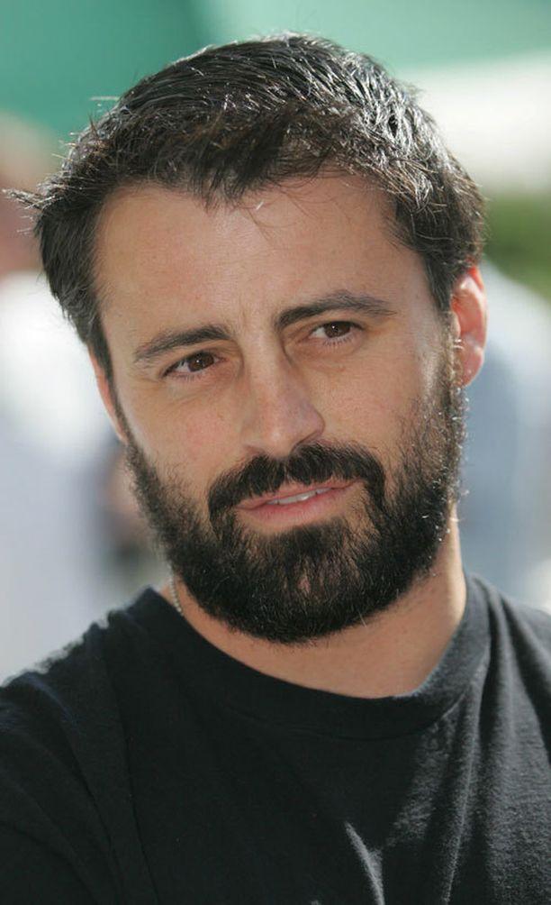 Vuonna 2006 mies oli kasvattanut itselleen muhkean parran.