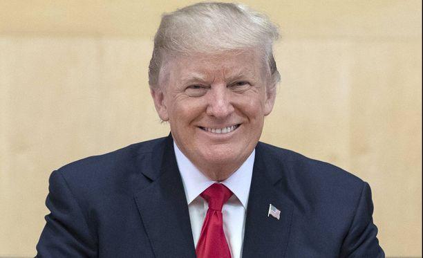 Trump pääsi tänään ensimmäistä kertaa ääneen YK:n yleiskokouksessa. Trumpin puhetta seurasi paikan päällä 90 valtionjohtajaa, viisi varapresidenttiä, 39 hallituksen johtajaa, kolme varapääministeriä ja 52 ministeriä.