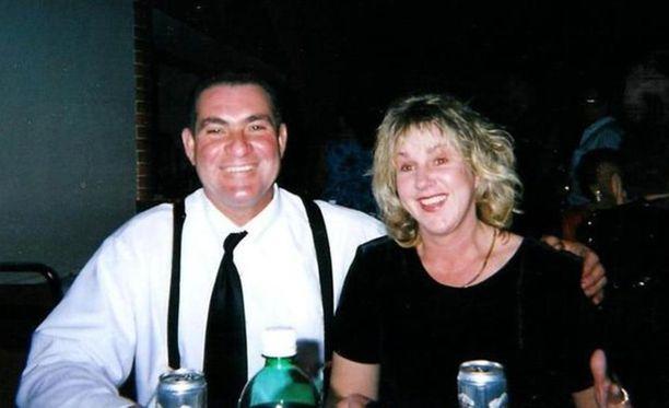 Larry ja Teresa Clark kiertävät todistajina teloituksissa.