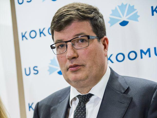 Ylen hallintoneuvoston puheenjohtajana toimii tällä hetkellä kokoomuksen pirkanmaalainen kansanedustaja Arto Satonen. Hän on ollut hallintoneuvoston jäsen vuodesta 2016.