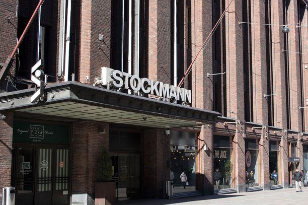 Stockmann irtisanoo 150 työntekijää.