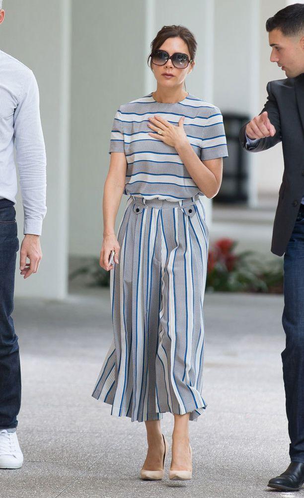 ...että suunnittelija Victoria Beckhamin tyyliin.