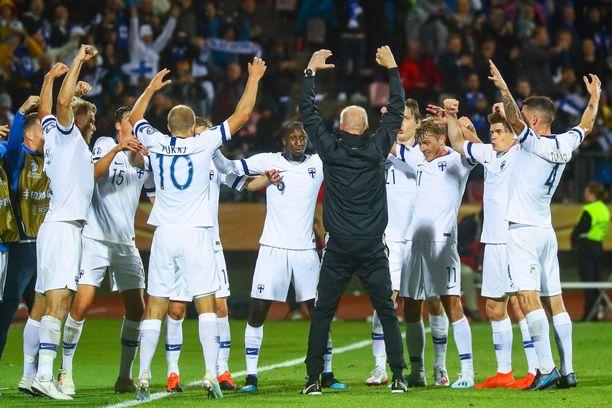 Huuhkajat pelaa ensi kesäksi siirretyissä jalkapallon EM-kisoissa.