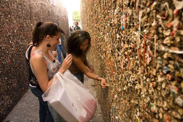 San Luis Obispon purukumikujalla seinät saavat koko ajan uutta peitettä.