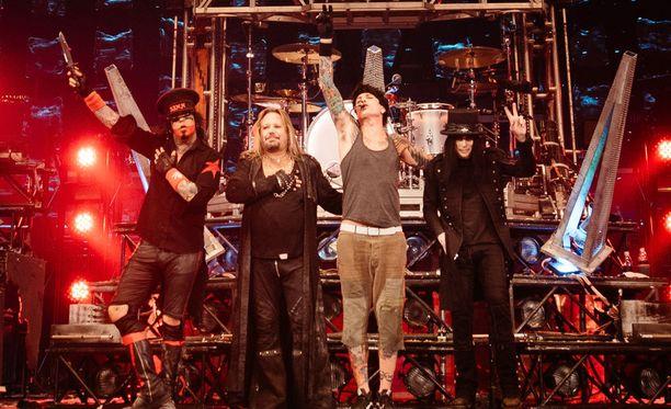 Mötley Crüe jätti hyvästit Los Angelesissa.