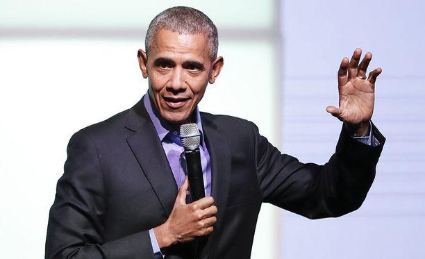 Yhdysvaltain entinen presidentti Barack Obama kehottaa huolehtimaan demokratiasta ja osallistumaan demokraattiseen päätöksentekoon.
