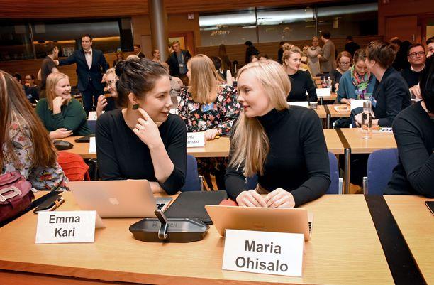 Emma Kari ja Maria Ohisalo jättivät kisan väliin.