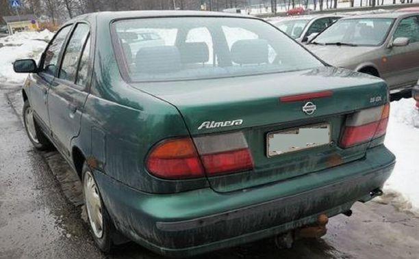 Ruumis kuljetettiin metsään tämän auton takakontissa. Auto myytiin pian tämän jälkeen ulkopuoliselle henkilölle, joka ei liity rikokseen.