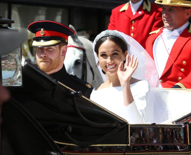 Prinssi Harry ja herttuatar Meghan avioituivat toukokuussa 2018. Herttuatar Meghanin perheestä paikalla oli vain äiti.