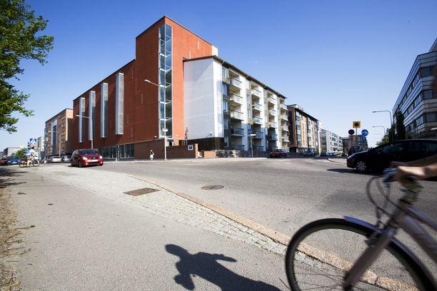 Nuorisosäätiön asuinkerrostalo Herttoniemessä Helsingissä.