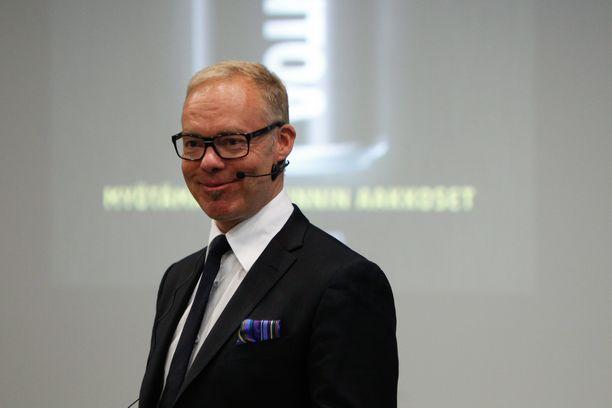 Pauli Aalto-Setälä kirjansa Innostus julkistamistilaisuudessa Helsingissä 21.1.2014.