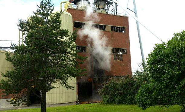 Räjähdys oli niin voimakas, että se rikkoi tehdasrakennuksesta kaikki ikkunat.