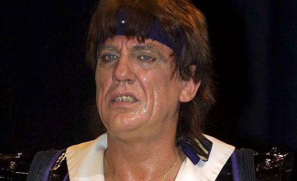 Jon English loi uraa rokkarina 1970-luvulta lähtien.