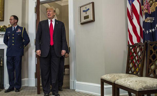 Trumpin kampanjatiimin Venäjä-kytköksistä paljastuu jatkuvasti uutta tietoa.