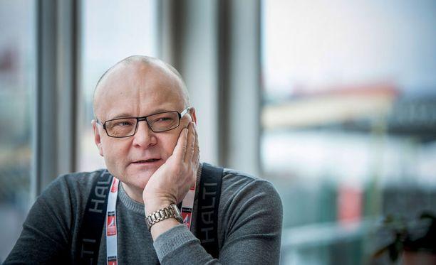 Tapio Suominen on tällä hetkellä sairauslomalla työstään.