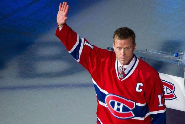 Montreal Canadiens järjesti Saku Koivulle unohtumattomat läksiäiset joulukuussa 2014. Seura muisti edellisenä keväänä uransa lopettanutta ex-kapteeniaan yli 20 minuuttia kestäneessä seremoniassa ennen kotiottelua Koivun entistä seuraa Anaheim Ducksia vastaan.