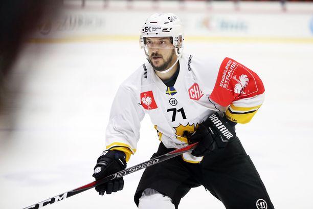 Expressenin tietojen mukaan Juhamatti Aaltonen on lähellä sopimusta Pelicansin kanssa.