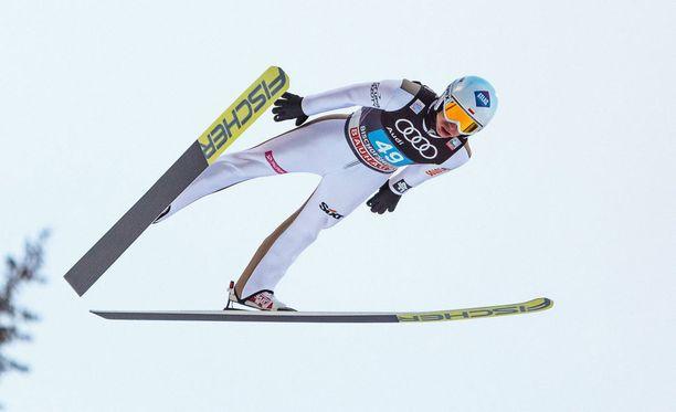 Kamil Stoch liiteli mäkiviikon voittoon.