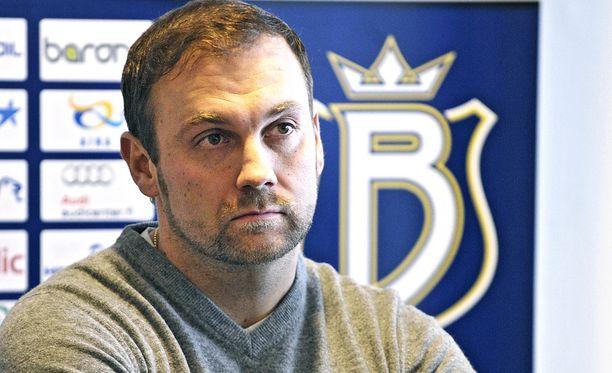 Makkaraperinnöllä rikastunut miljonääri Jussi Salonoja myi pitkään omistamansa Bluesin vuonna 2012.