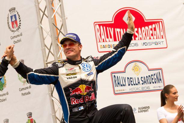Jari-Matti Latvala ajoi toiseksi. Palkintopokaali lienee Maisan hoteissa.