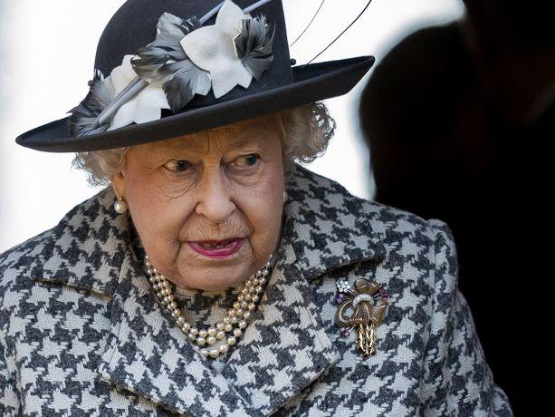 Perhe on aiheuttanut alkuvuonna kuningatar Elisabetille huolia ja murheita.