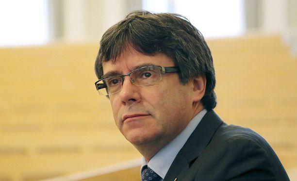 Carles Puigdemont joutunee odottamaan luovutuspäätöstä pääsiäisen yli.