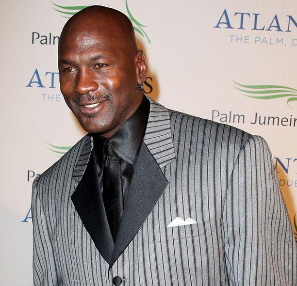 Michael Jordanin palkka on numeroissa huomattavasti pienempi kuin nykyisten pelaajahuippujen.