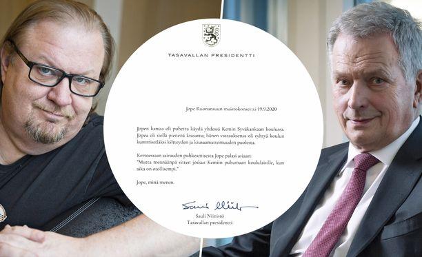 Viihdetaiteilija Jope Ruonansuun ja tasavallan presidentti Sauli Niinistön oli alun perin tarkoitus vierailla kemiläiskoulussa yhdessä.