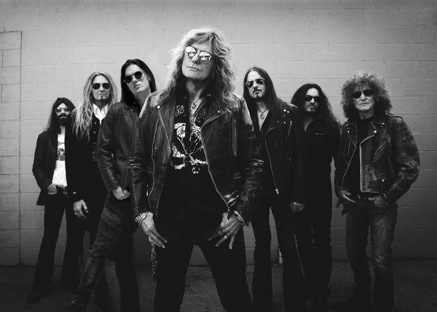 Rock-yhtye Whitesnake on keikkaillut ympäri maailman jo vuodesta 1978 lähtien.