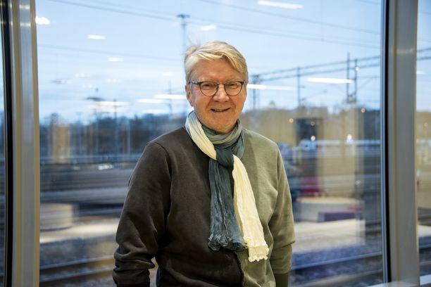 Pirkka-Pekka Petelius kunnioitti Lasse Pöystiä suuresti.